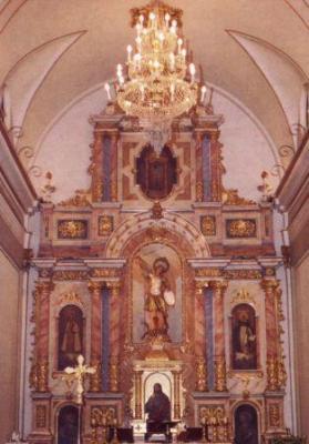 20100610225318-altarmajor.jpg