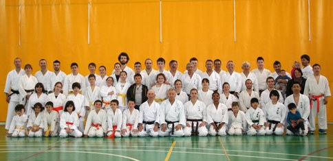 20140401225259-grupkarate14-copia.jpg