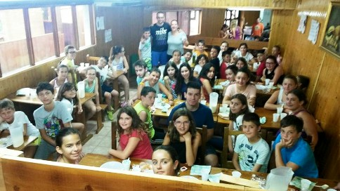 20150711110159-juniors.jpg